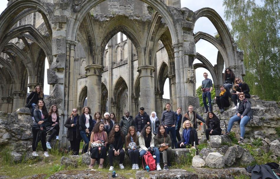 Notre Dame, Zisterzienserkloster in Ourscamp, Oise, Hauts-de-France